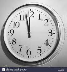 large clock stock photos u0026 large clock stock images alamy