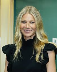 Gwyneth Paltrow Gwyneth Paltrow Poses And Covered In Clay For The First