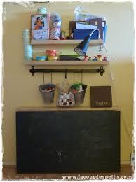 bureau enfant gain de place diy le bureau enfant gain de place 2 en 1 la cour des petits
