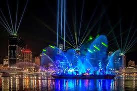 chameleon touring lights brisbane festival with lumenradio etnow
