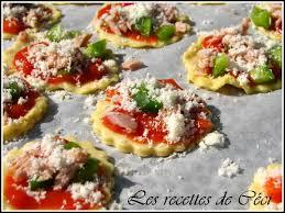 cuisiner poivrons verts mini pizzas au thon poivrons verts et parmesan les recettes de céci