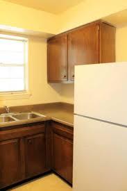 del rio apartments bronner realty company louisville kentucky del rio 2bedroom apartment refrigerator del rio kitchen range