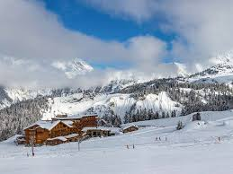courchevel 1850 skiing holidays ski holiday courchevel 1850
