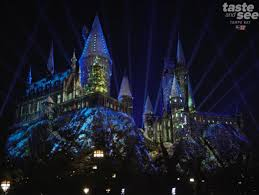 harry potter night light experience the magic of christmas in the wizarding world of harry