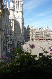 A Place Vue File La Grand Place De Bruxelles Vue Depuis Le Rock Cafe