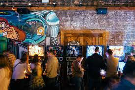 chicago best restaurants bars and things to do thrillist