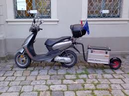 yamaha neos with trailer skútry pinterest scooters