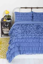 a white ruffle quilt cover like this exactly on the hunt