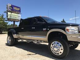 2007 dodge ram 3500 4x4 mega cab lifted on alcoa 22 5 for