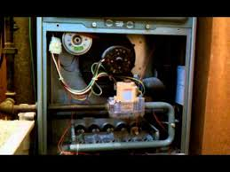 pilot light is lit but furnace won t kick on furnace won t stay lite how do i fix this problem youtube
