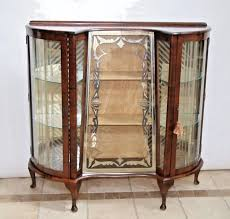 How To Display China In A Hutch The 25 Best China Cabinet Display Ideas On Pinterest How To