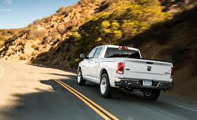 Dodge Ram Ecodiesel - ram 1500 ecodiesel beats ford u0027s f 150 named 2015 green truck of