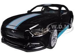 Black Mustang Gt 2015 2015 Ford Mustang Gt 5 0 Black Custom 1 24 Diecast Car Model By