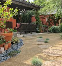 Backyard Patios Ideas Best 25 Decomposed Granite Patio Ideas On Pinterest Quaint