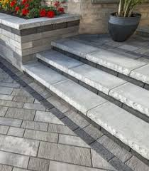 Unilock Suppliers Entrance Steps With Pisa2 Wall And Il Campo Paver By Unilock