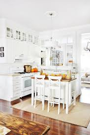 fall kitchen decorating ideas and a little sunshine thistlewood farm fall kitchen decorating idea