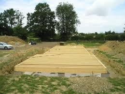 soubassement bois kit fondations et dalle en béton de type radier
