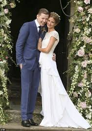 green wedding dress pro green laughs ex millie mackintosh s bloodied wedding