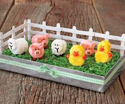 Easter Crafts Table Decorations by How To Make A Marshmallow Barnyard Centerpiece Spring Decorating