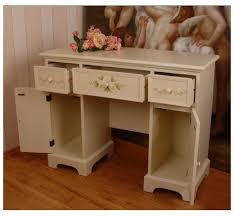 bureau style romantique bureau romantique roses charme d antan