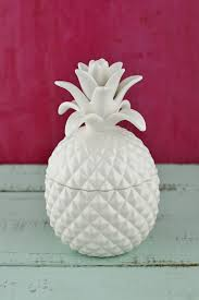Pineapple Decorations For Kitchen by Now Trending Pineapples Galore 24 Pineapple Ideas To Transport