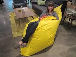 pouf style fatboy fatboy bean bag disponible chez mà mobilier actuel interiors