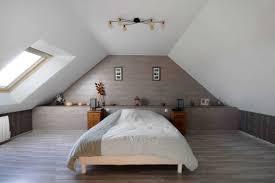 chambres sous combles étourdissant chambre sous et lit sous pente dans une chambre galerie