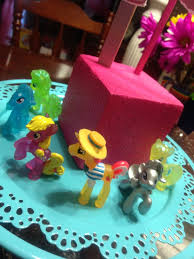 My Little Pony Party Centerpieces by 32 Best Bella U0027s My Little Pony Birthday Party Images On Pinterest