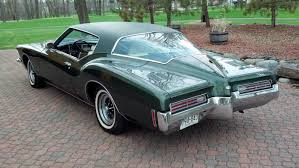1971 buick riviera features amazing and unusual design especially