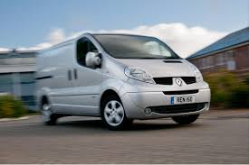 renault trafic dimensions renault trafic van review 2003 2014 auto express