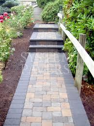 walkway pavers front walkway u0026 garden landscape walkways