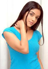 asin wants to do only commercial movies pakistan showbiz