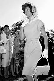 Jackie Kennedy White House Restoration 16 Of Jackie O U0027s Most Iconic Looks Of All Time Bows Jackie