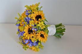 wedding flowers blog emma u0027s yellow and blue wedding flowers