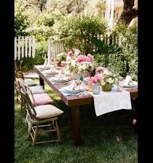 10 outdoor dining rooms that make eating alfresco seem like the