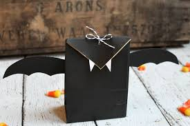Halloween Gift Wrap - 5 simple and spooky halloween gift wrap and gift bag ideas gift