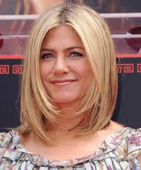 Bob Frisuren Aniston by Anniston S Medium Graduated Bob Hairstyles 2014 With