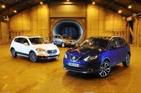nissan qashqai trunk space nissan qashqai vs kia sportage vs suzuki sx4 s cross auto express