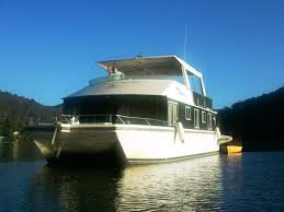 modern houseboat on 540x360 modern houseboat plans of houseboat