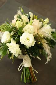 wedding flowers sydney best 25 lisianthus wedding bouquet ideas on