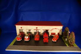 casque pompier seau a champagne casernes miniature musée du sapeur pompier de roger