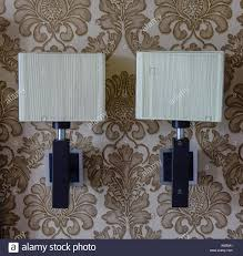 Lampen In Wohnzimmer Empty Room Blank Wall Lamps Stockfotos U0026 Empty Room Blank Wall