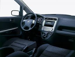 land wind interior honda stream estate review 2001 2005 parkers