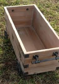 Make A Wooden Toy Box by Make An Easy Rustic Pallet Storage Chest Simple To Follow