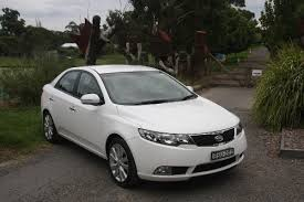a week with kia cerato sli review 2011 carhq carhq