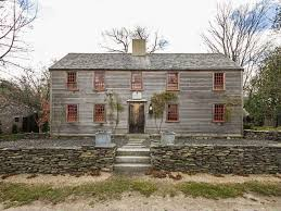 saltbox style home postmedieval 1600 1740 old house dreams