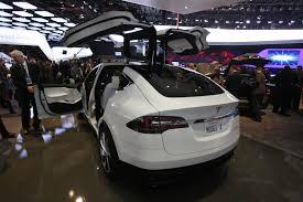 Tesla Minivan Ladies In The House Model X Or Bmw I3