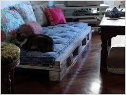 comment fabriquer un canapé en palette comment fabriquer un canape en palette maison design bahbe com