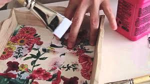 tutorial decoupage en mimbre bandeja de madera decorada con decopatch mi cesta de mimbre