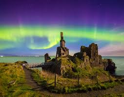 best place to watch the northern lights in canada northern lights in the uk tonight how and where to watch them